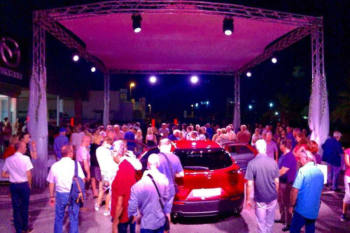 Evènements de produits avec mise en lumière de véhicule